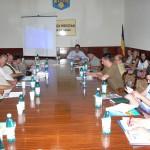 Een bijeenkomst van meerder NGO's in het Provinciehuis van Bacau